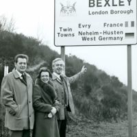 LB Bexley, town twinning sign, 1979