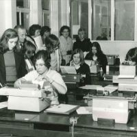 LB Richmond, typing class on Grey Court Secondary School open day, Ham, 1973